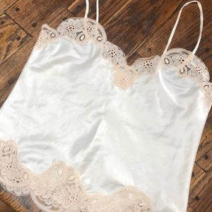 Tops - Silk and lace cami